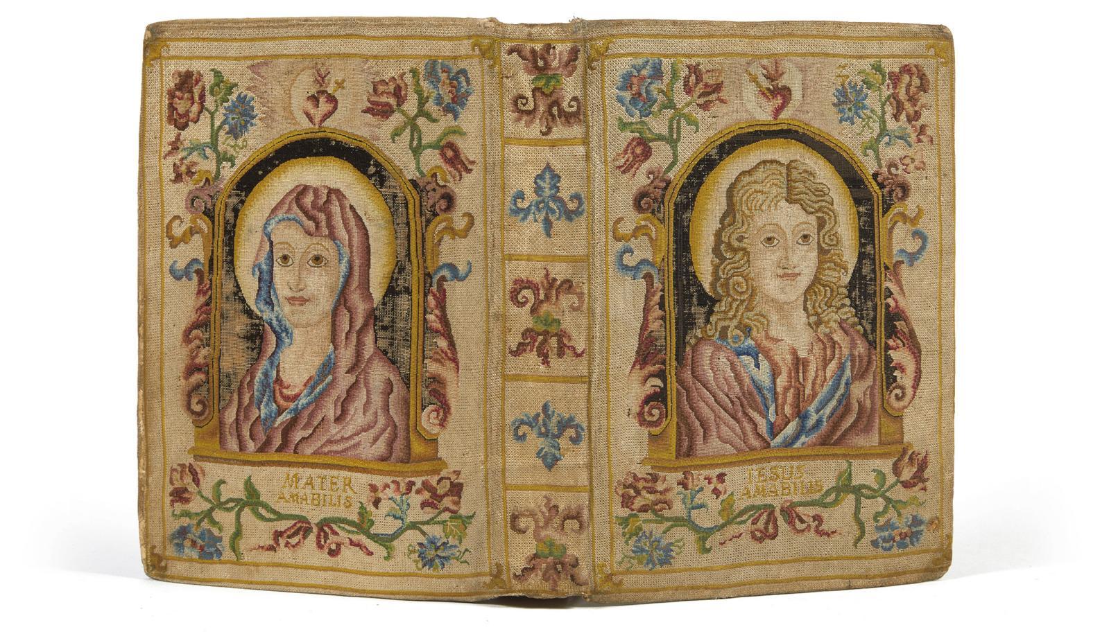 Missale romanum ex decreto sacrosancti Concilii Tridentini restitutum…,Venise, Nicolas Pezzana, 1736, in-4°, reliure en tapisserie, plats