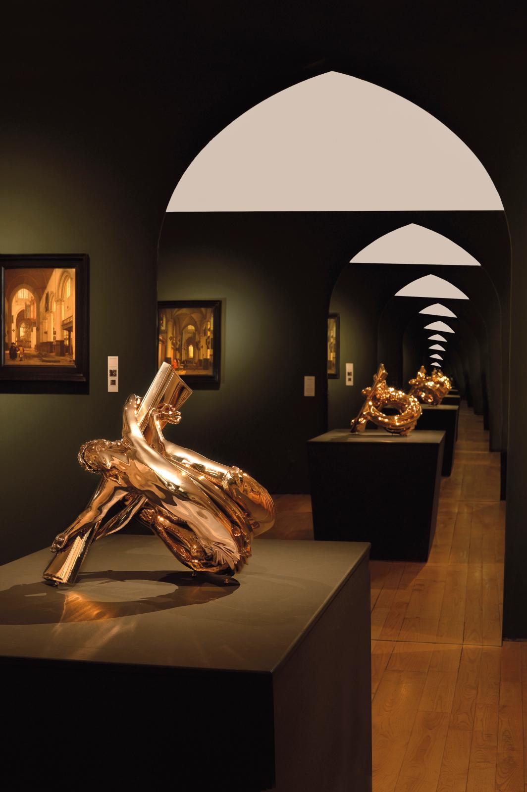 Wim Delvoye, Möbius Dual Corpus (2011), exposition « Sacrée architecture ! La passion d'un collectionneur » au musée de Flandre à Cassel (