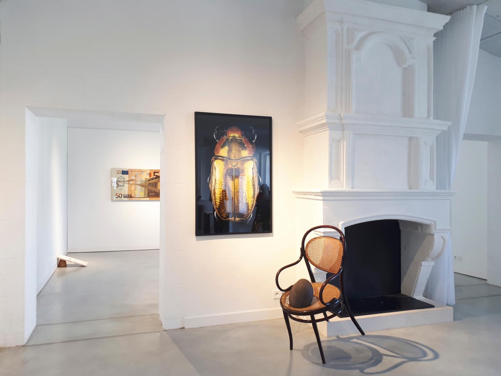 Vue de l'exposition «Nature morte, ou le préfixe conceptuel de l'art romantique», présentée dans les espaces du centre d'art.