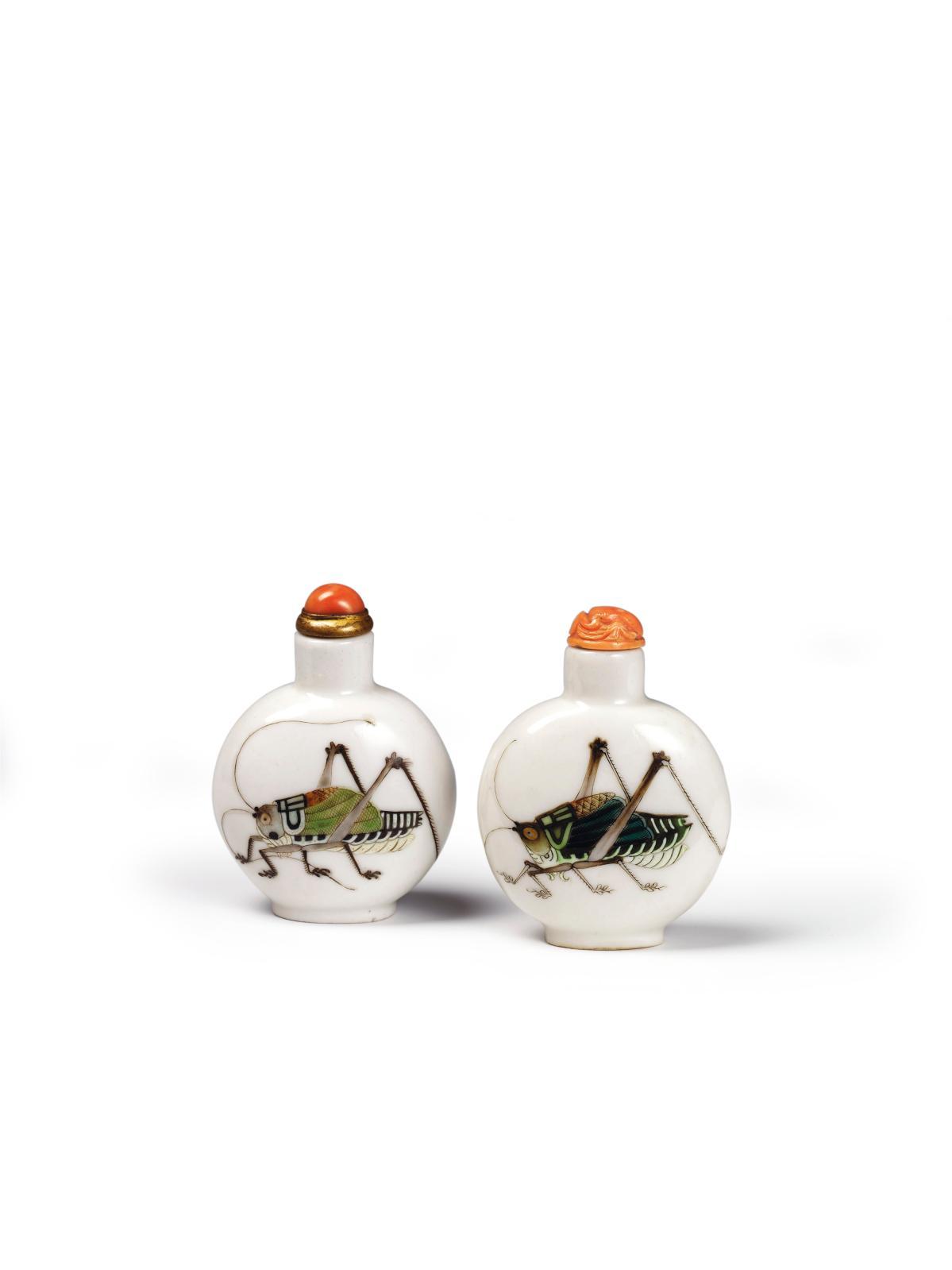 Flacons à tabac, porcelaine peinte aux émaux, dynastieQing, marque Qianlong, vers1840-1880, Fondation Baur, Genève.