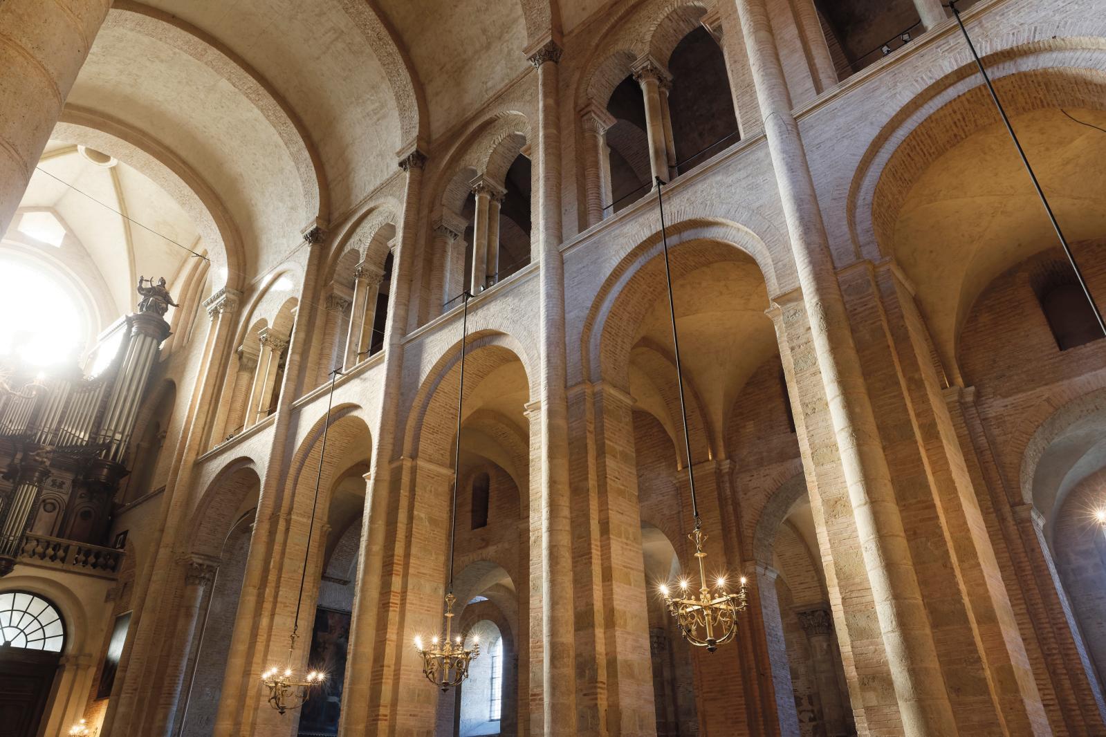 La nef de la basilique Saint-Sernin. © P. Nin