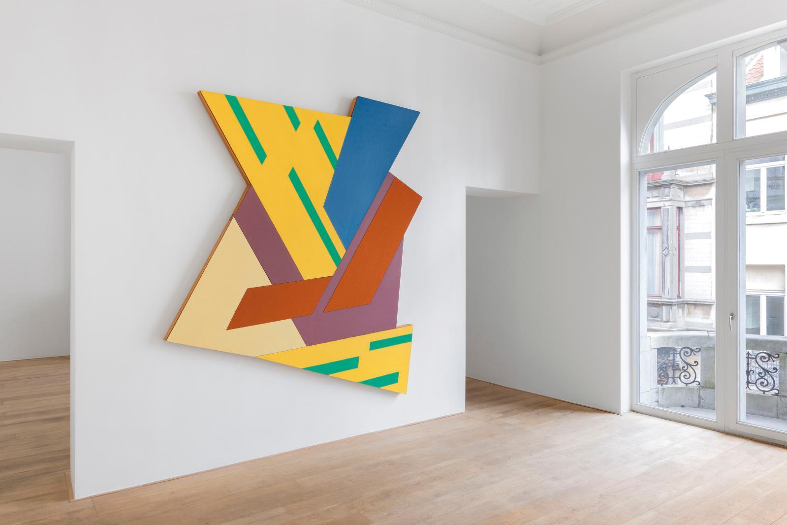 Frank Stella, Felsztyn IV (1971). Exposition «Frank Stella» à la Charles Riva Collection en 2017. ©HV Photography
