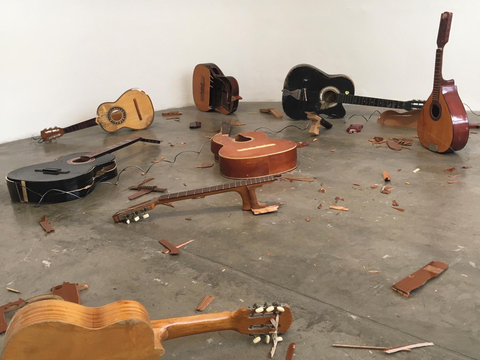 Vue de l'exposition«Entre. Manuel Rocha Iturbide», septembre 2016. Courtesy Le Laboratoire