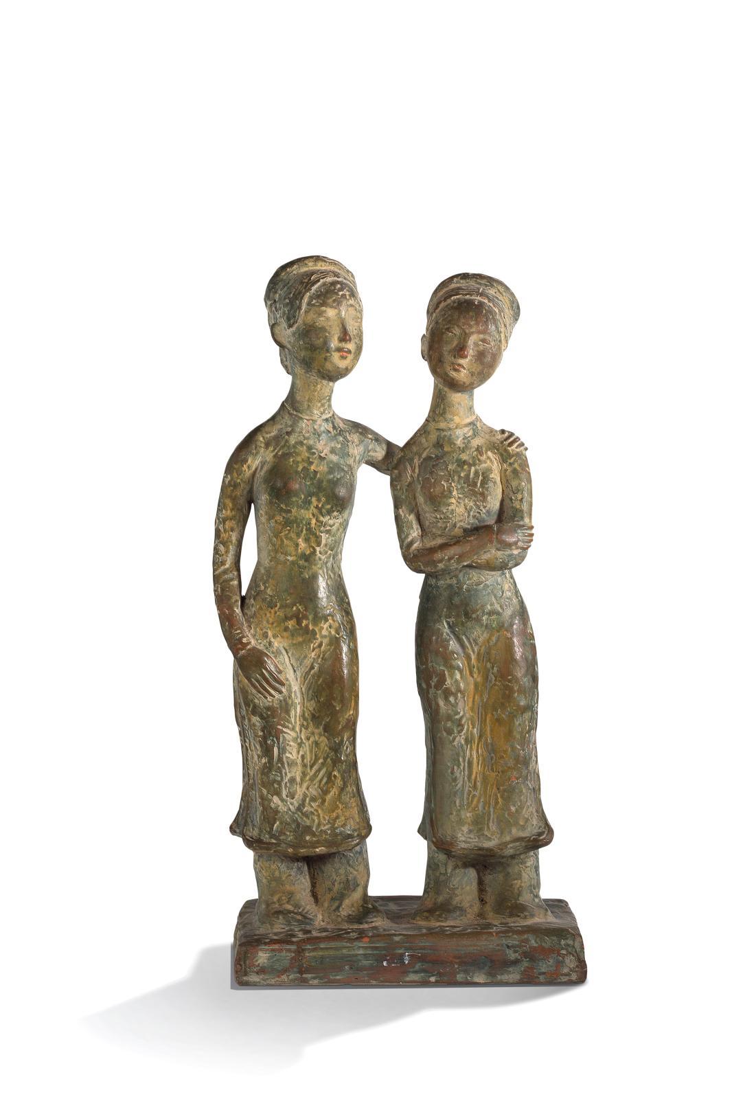 Estimées autour de 20000€,ces deux jeunes femmes liées par l'amitié ont été façonnées en terre cuite par Vu Cao Dam (1908-2000), vers 19