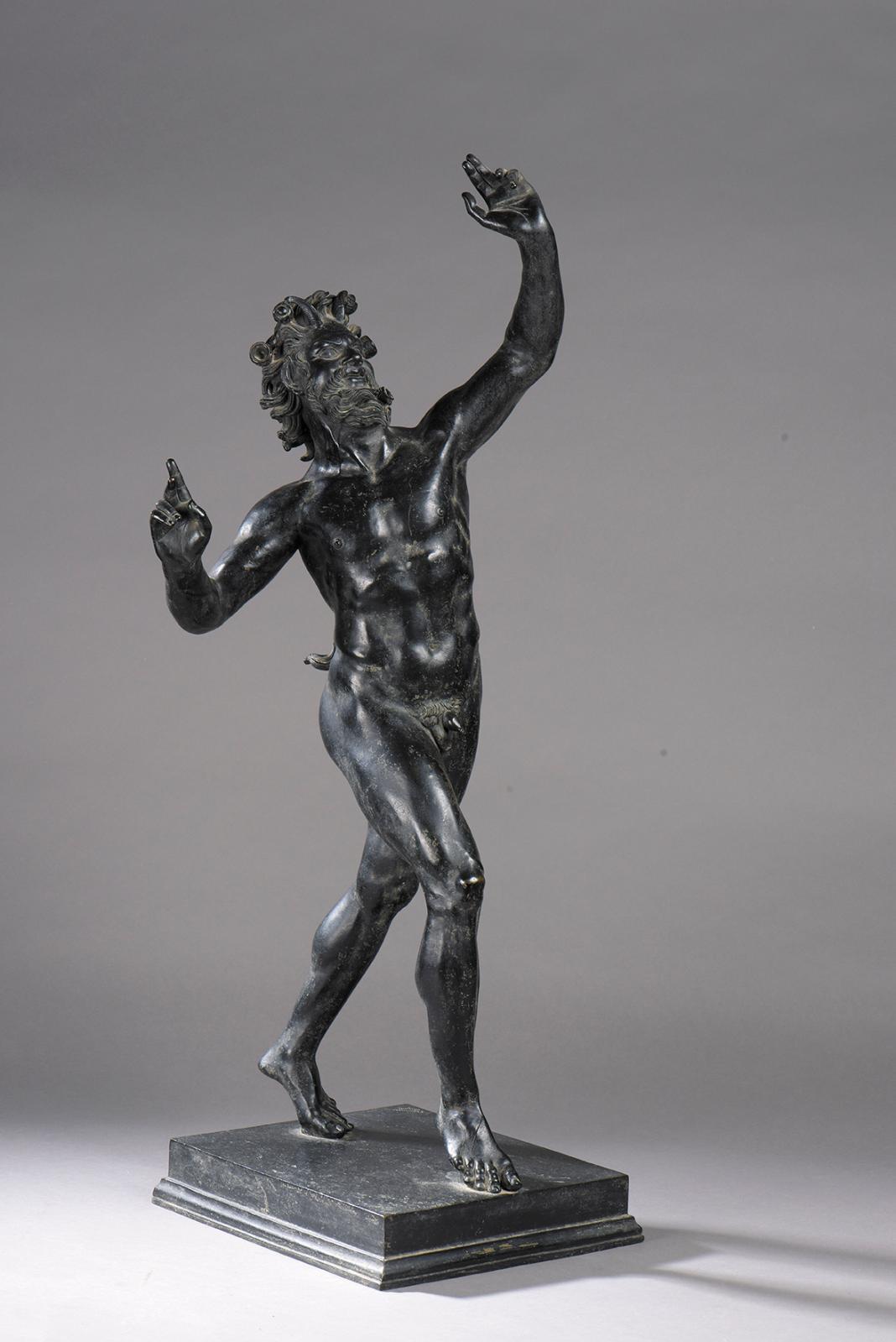 XIXesiècle, d'après l'antique. Faune dansant, bronze à patine brune, h.82cm. Paris, Drouot, 20 septembre 2017. Farrando OVV. Adjugé: 2