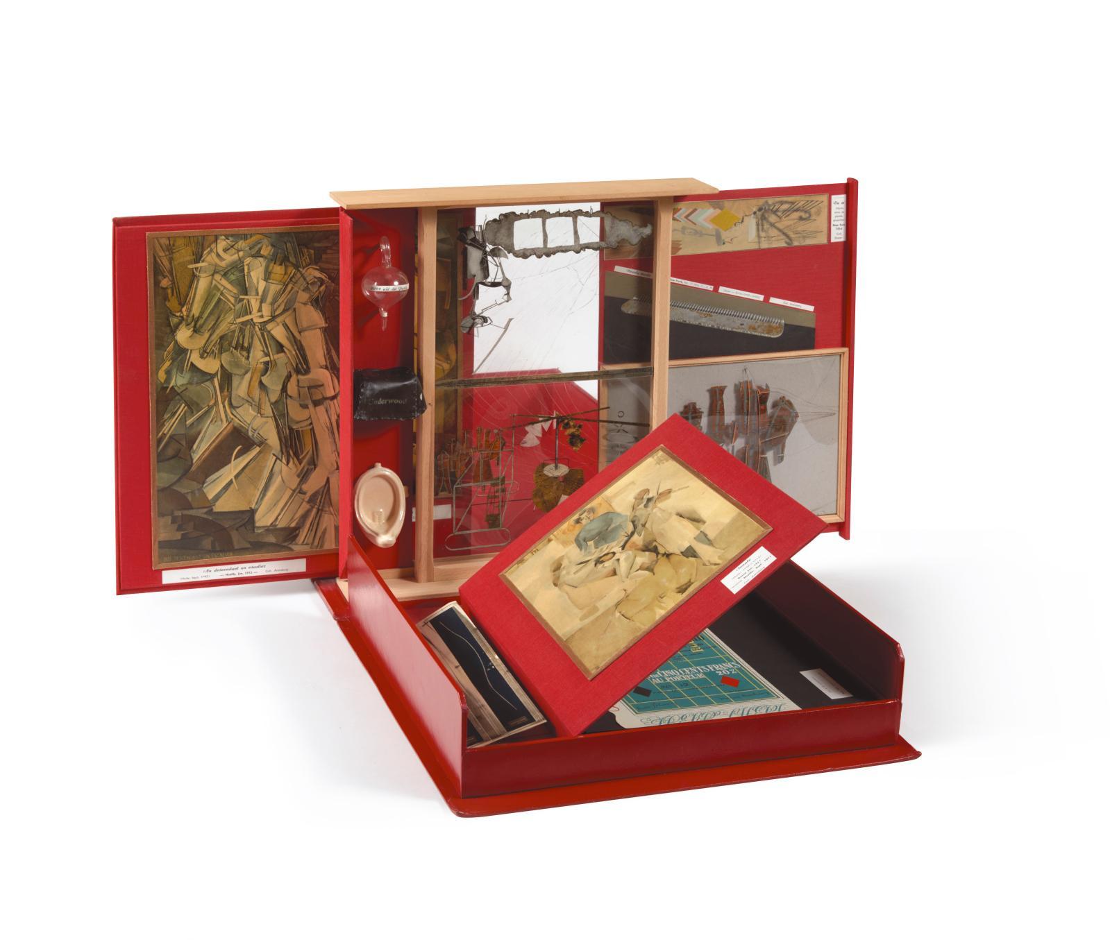 Marcel Duchamp (1887-1968), de ou par Marcel Duchamp ou Rrose Sélavy, La Boîte-en-valise, Paris-Milan, 1966, boîte en carton avec couvertu