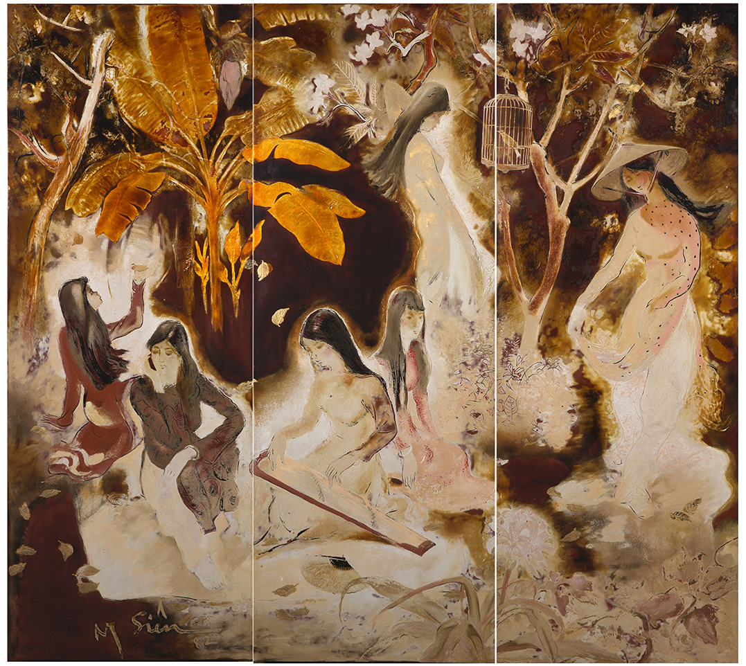 Nguyen Siên (1916-2014), Jeunes filles au jardin (Young Girls in a Garden), lacquer, triptych, signed on one of the panel lower left, 120