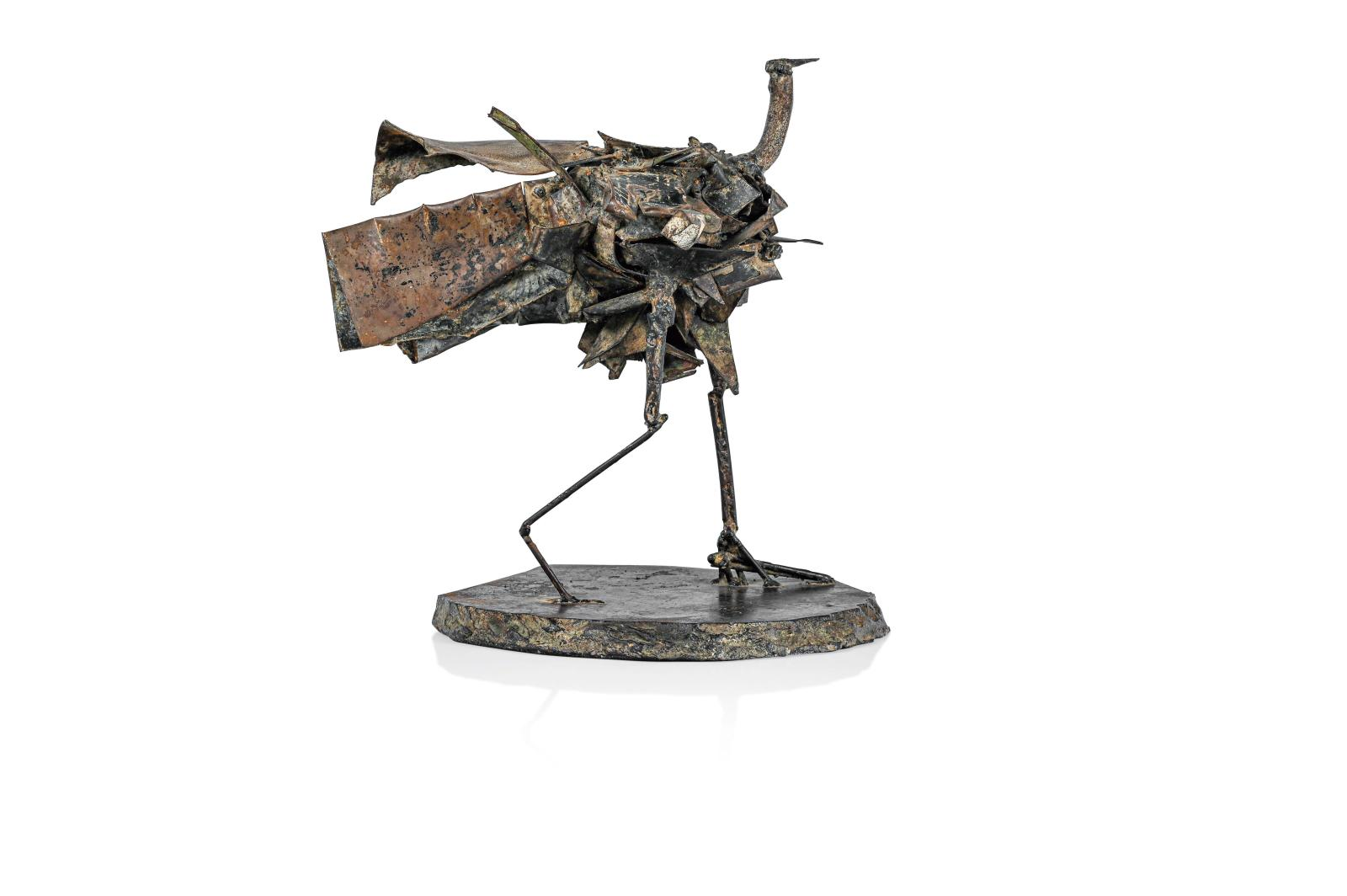 César (1921-1998), Échassier, 1959, sculpture, fer soudé, 27,5x24x22cm. Estimation: 30000/50000€