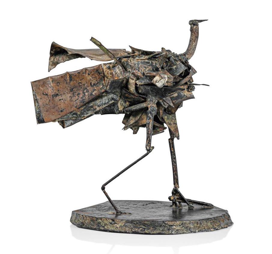 César (1921-1998), Échassier (Wading Bird), 1959, sculpture, welded iron, 27.5 x 24 x 22 cm.Estimate: €30,000/50,000© SBJ / Adagp, Paris 2