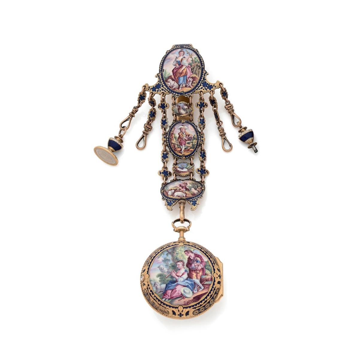 5824€ Allam, Londres, fin du XVIIIesiècle, montre et sa châtelaine en or émaillé à décor de scènes champêtres, poids brut108,6g. Drou