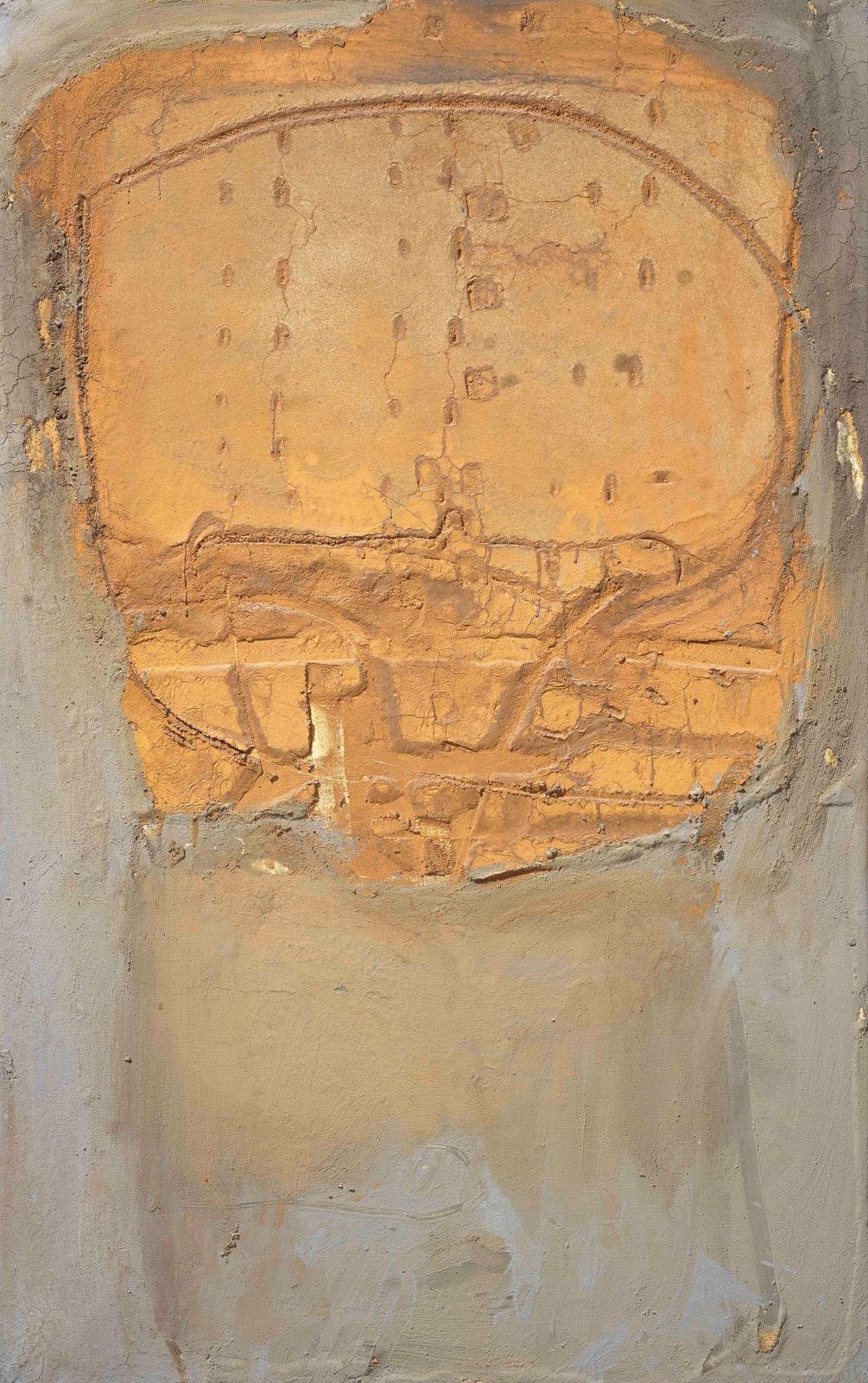 Antoni Tàpies, Ocre sobre gris-verd, 1959, technique mixte sur toile, 130 x 81,5 cm. @ COURTESY GALERIE MAYORAL