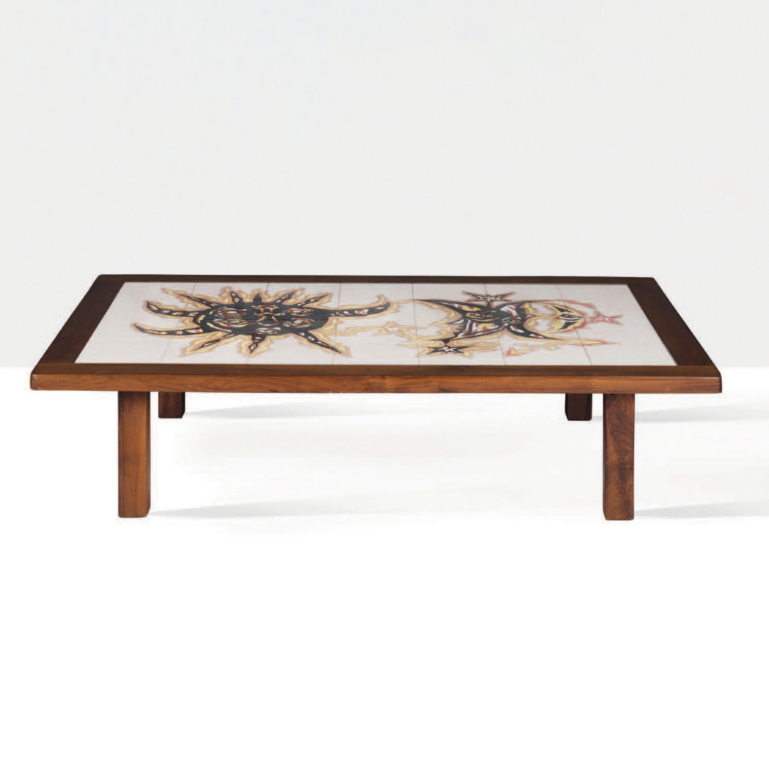3380€ Jean Lurçat et Sant Vicens, table basse en céramique et bois, vers 1950, 39x158x97cm.Neuilly, Hôtel des Ventes. Aguttes OVV.