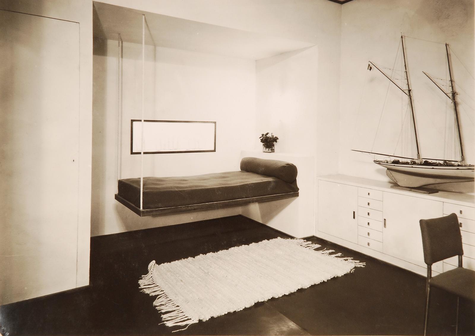Yachtsman's bedroom, Salon d'automne 1933, Archives Djo-Bourgeois. S.A.Photo courtesy of Ville de Paris, Bibliothèque Forney