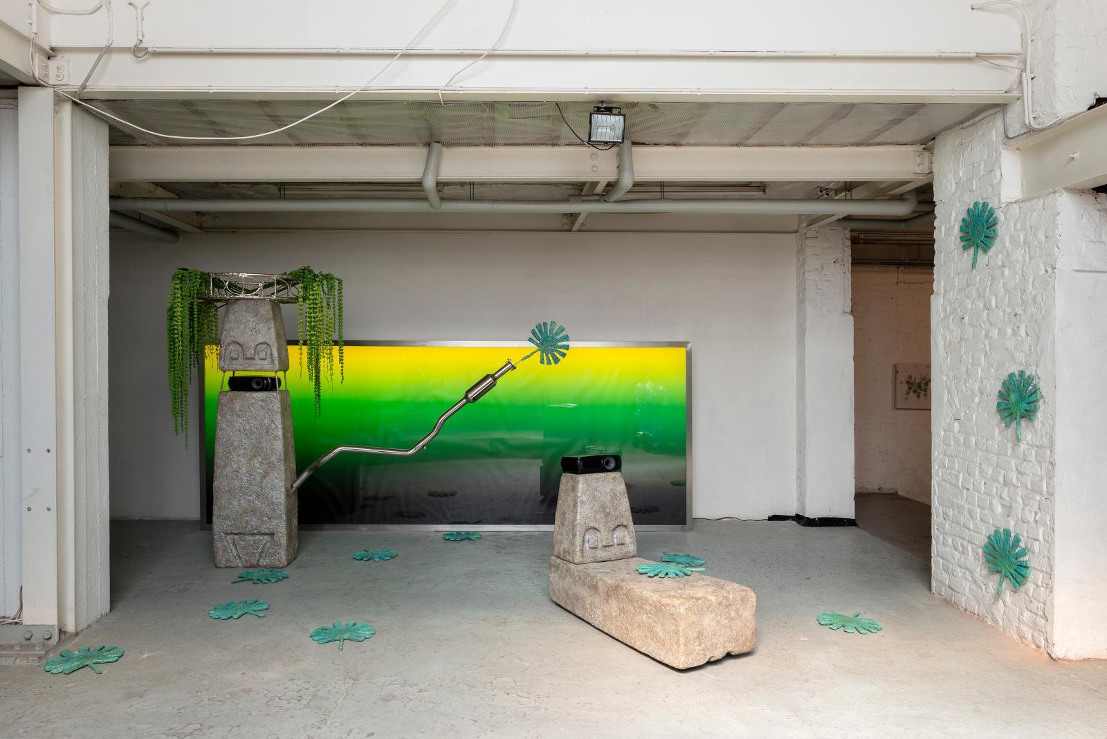 Guan Xiao, Air Freshener, Spray (2017).Photo Hugard & Vanoverschelde. Courtesy Collection Famille Servais