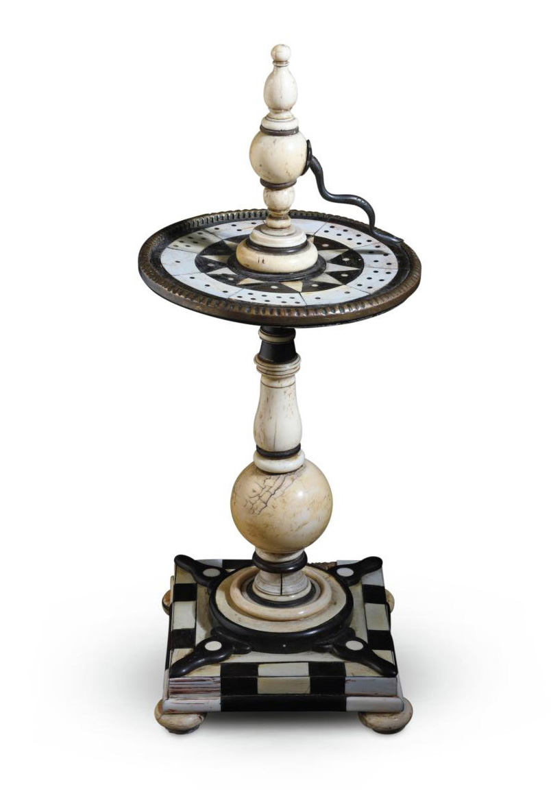 South Germany, 17th century, ivory-and ebony-veneered table spinner or roulette wheel, h. 36 cm. Paris, Drouot, October 6, 2020. Coutau-Bé
