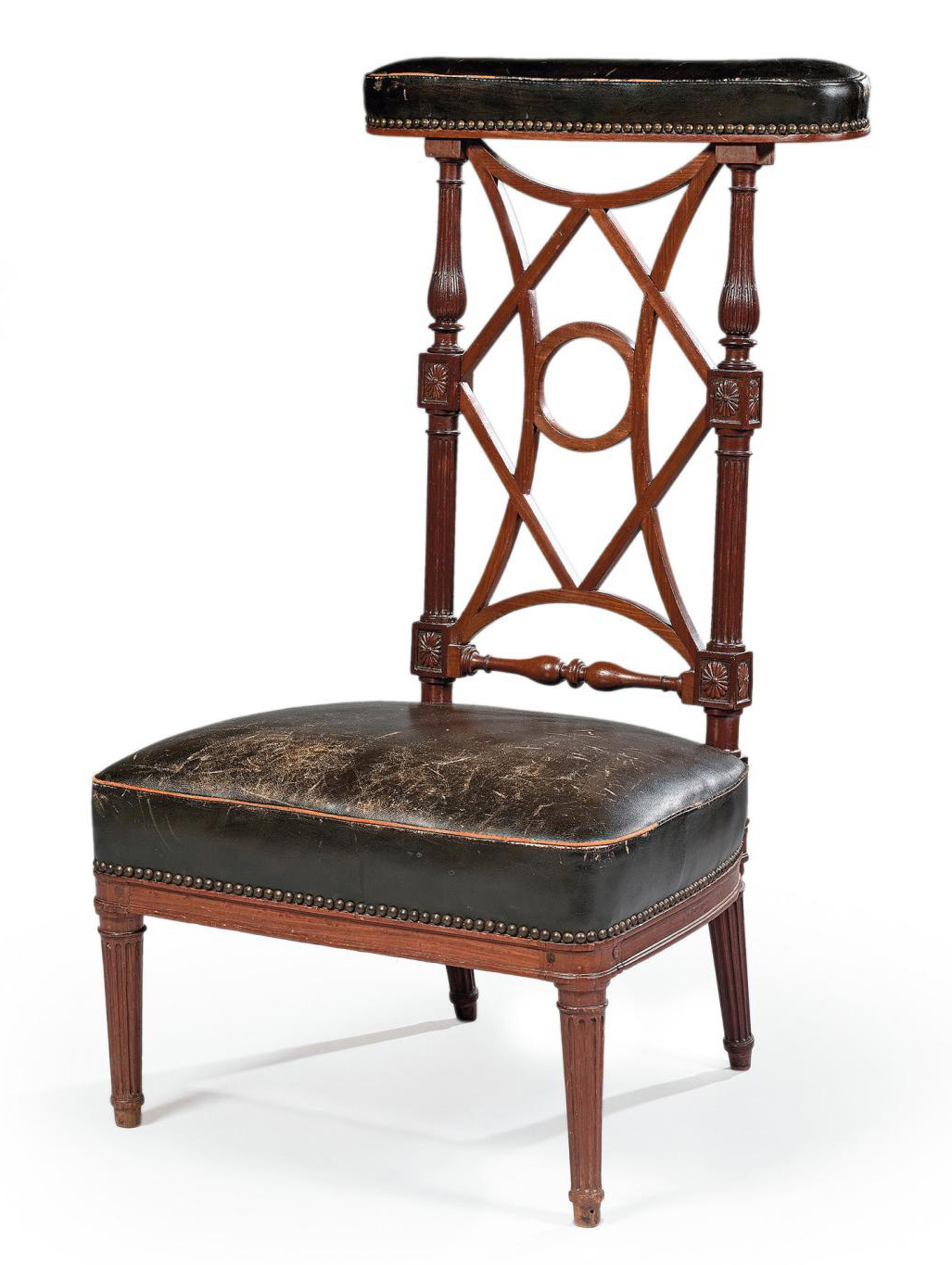Louis XVI period, mahogany gaming chair from Cuba, with Jean Baptiste Boulard's stamp, 96 x 53 x 46.5 cm (37.8 x 20.8 x 18.3 in.). Paris,