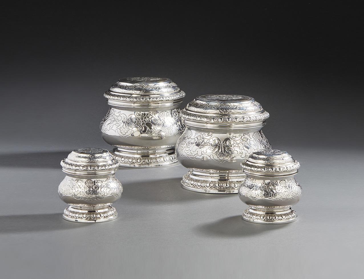 Michel-Eloy Le Tailleur, quatre éléments d'une garniture de toilette à décor de feuillages, coquilles et enroulements aux armes d'alliance
