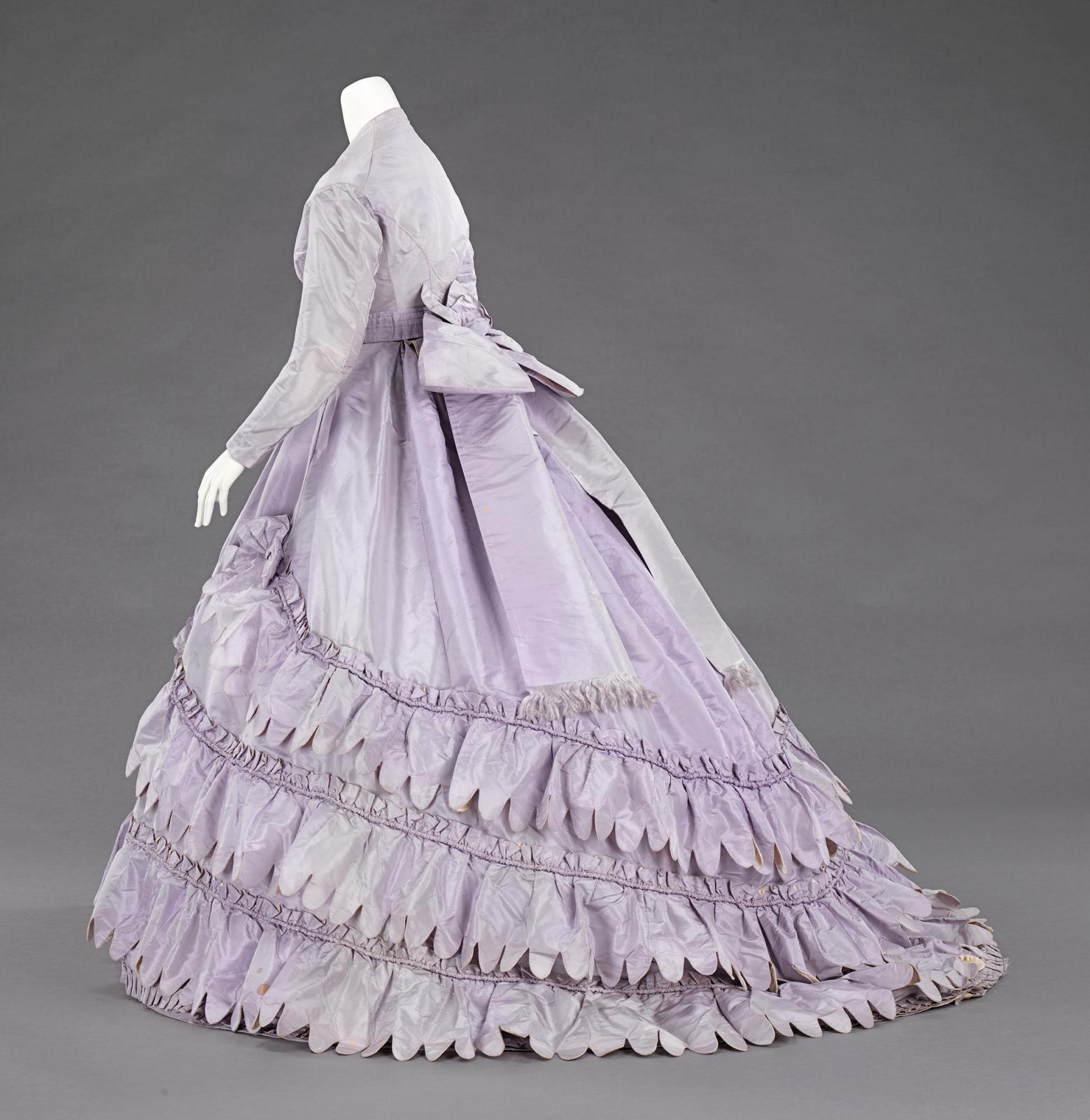 Charles Frederick Worth (1825–1895), Ensemble, Silk, Worth and Bobergh, 1862–65. Brooklyn Museum Costume Collection at The Metropolitan Mu