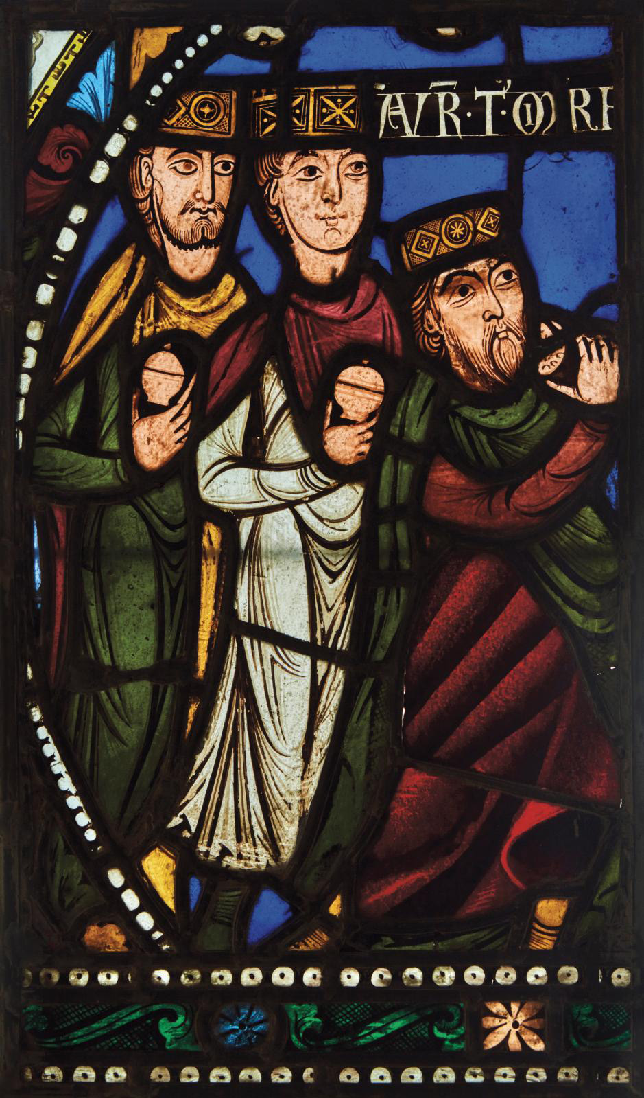 France, c. 1150. L'Adoration des Mages (The Adoration of the Magi), stained glass, 44.7 x 27.9 cm (17.6 x 10.99 in).Photo Pierre Bergé & A