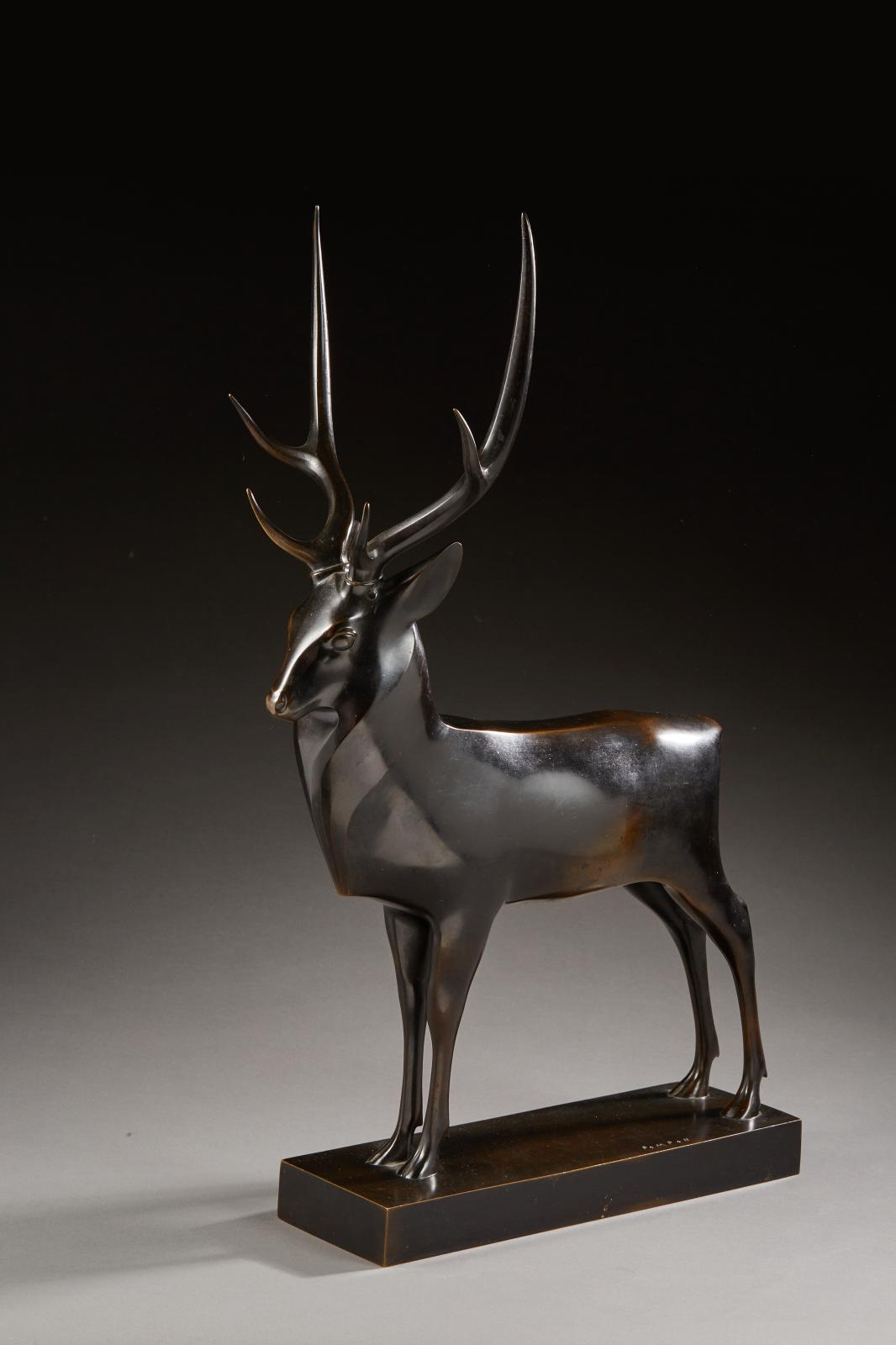 François Pompon (1855-1933)–forged by Andro 1930, Great Stag, model created in 1929, bronze with black patina, brown reflection. Signed on