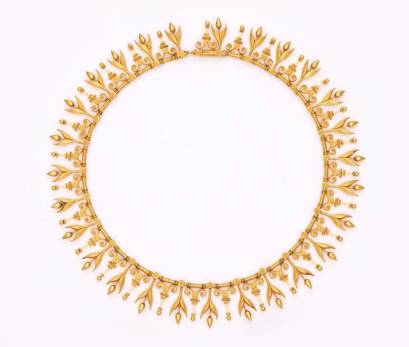 12760€Eugène Fontenay. Collier ras de cou articulé en or 750millièmes satiné, décoré de fleurettes en pampilles alternées de motifs dan
