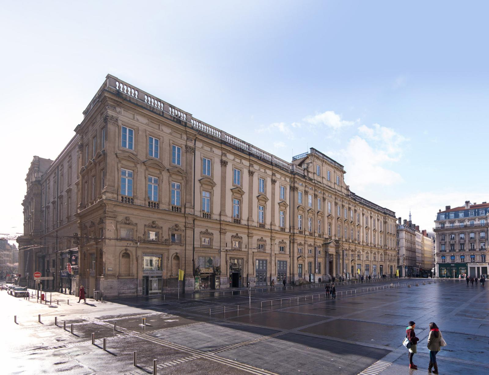 La façade du musée des beaux-arts de Lyon.