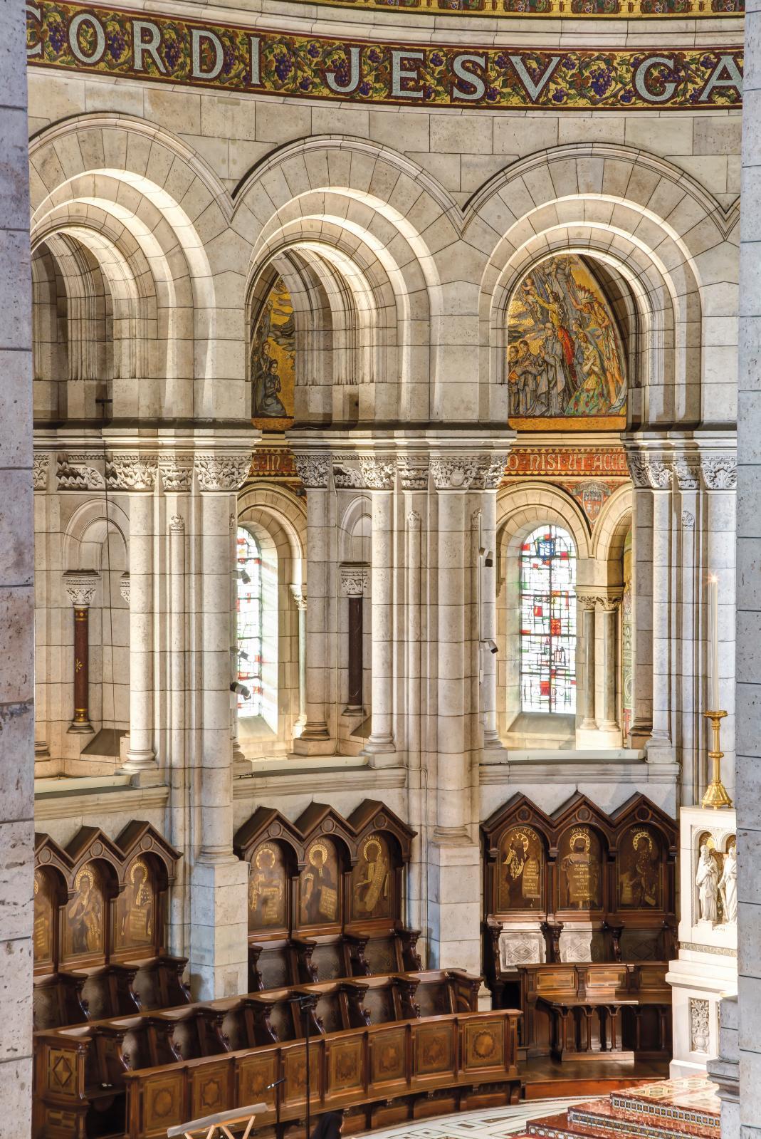 Le chœur et les stalles de la basilique. ©Basilique du Sacré-Cœur de Montmartre / Sophie Lloyd