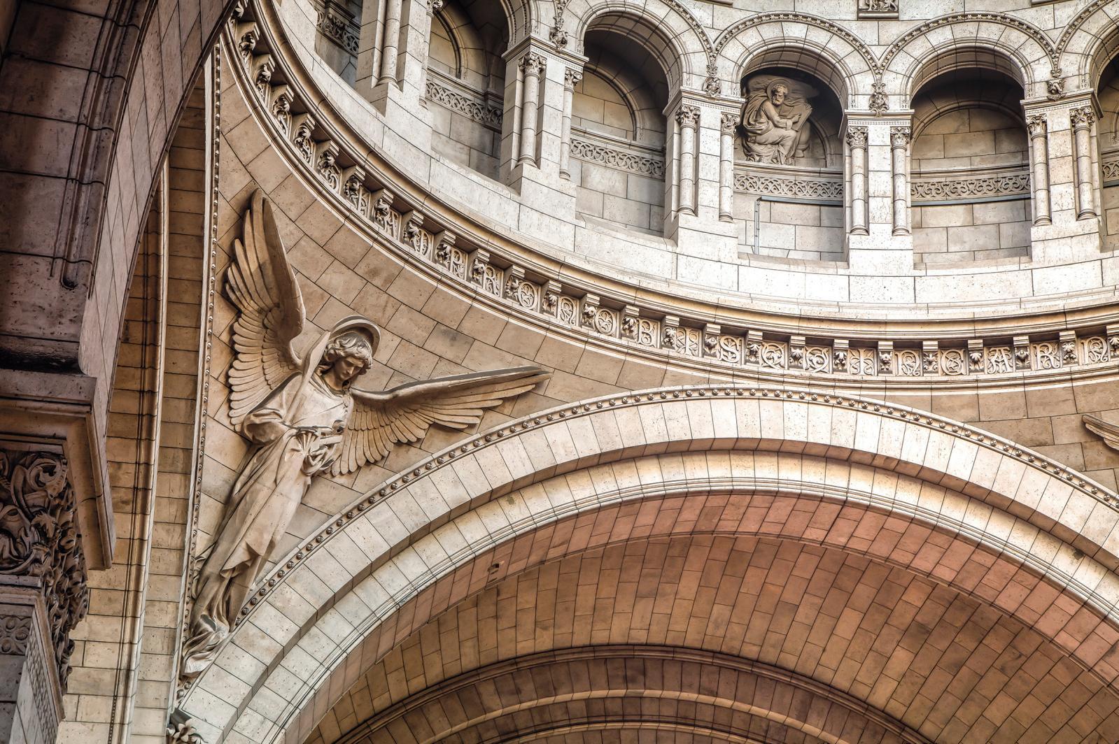 Sous la coupole centrale, l'ange de la Passion.©Basilique du Sacré-Cœur de Montmartre / Sophie Lloyd