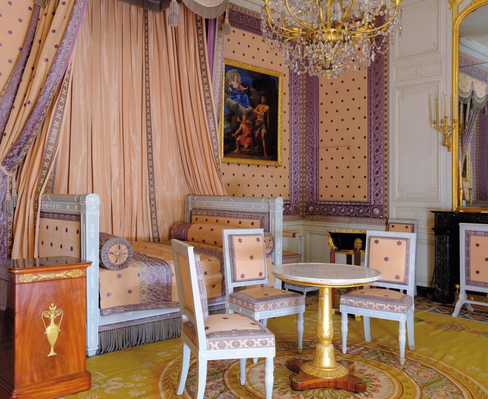The Emperor's bedchamber in the Petit Appartement at the Grand Trianon.© château de Versailles/Thomas Garnier
