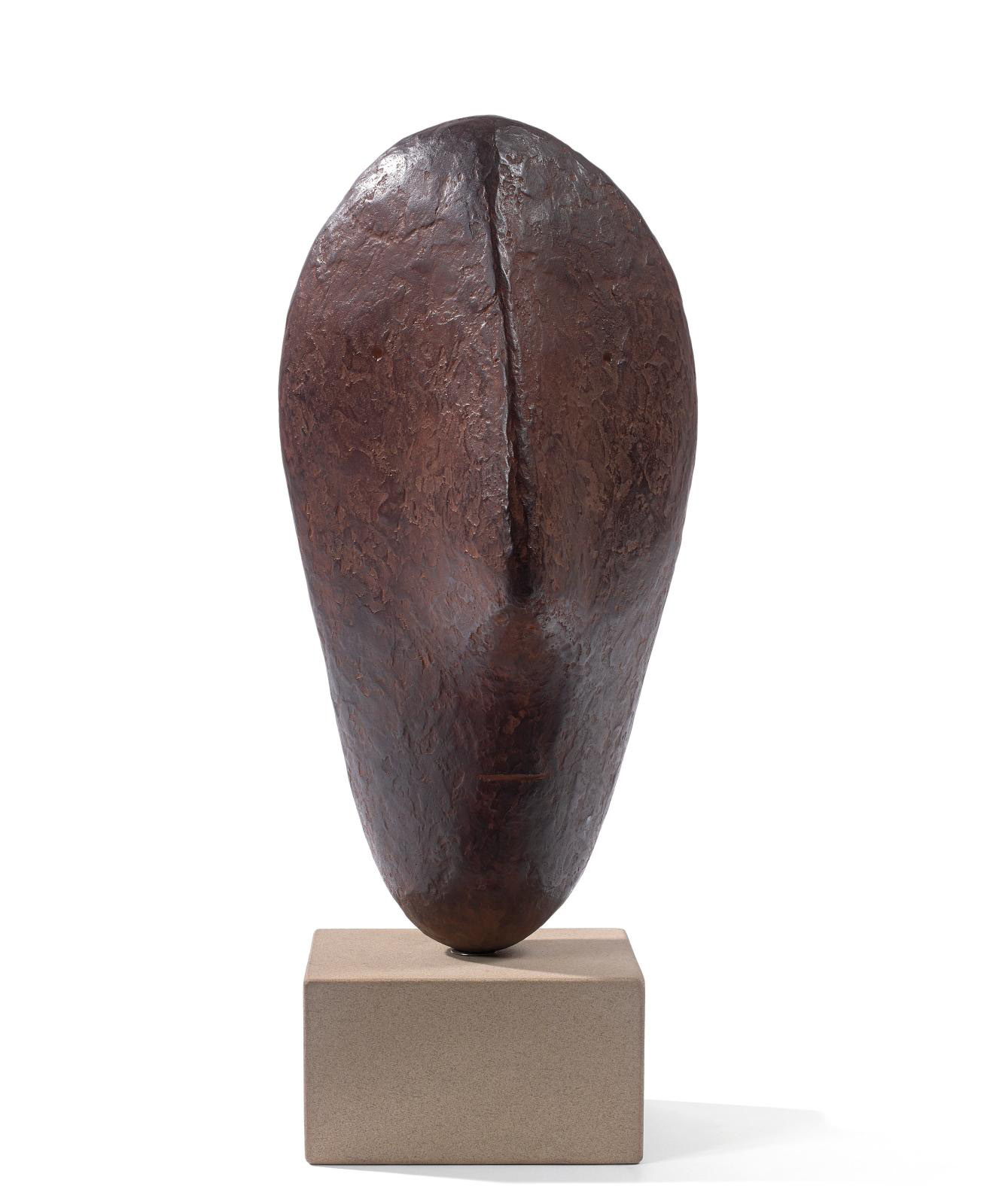 Fulfilling expectations tenfold to finish at €101,283, this bronze sculpture by William Turnbull (1922-2012) was the dark horse of Sylvie