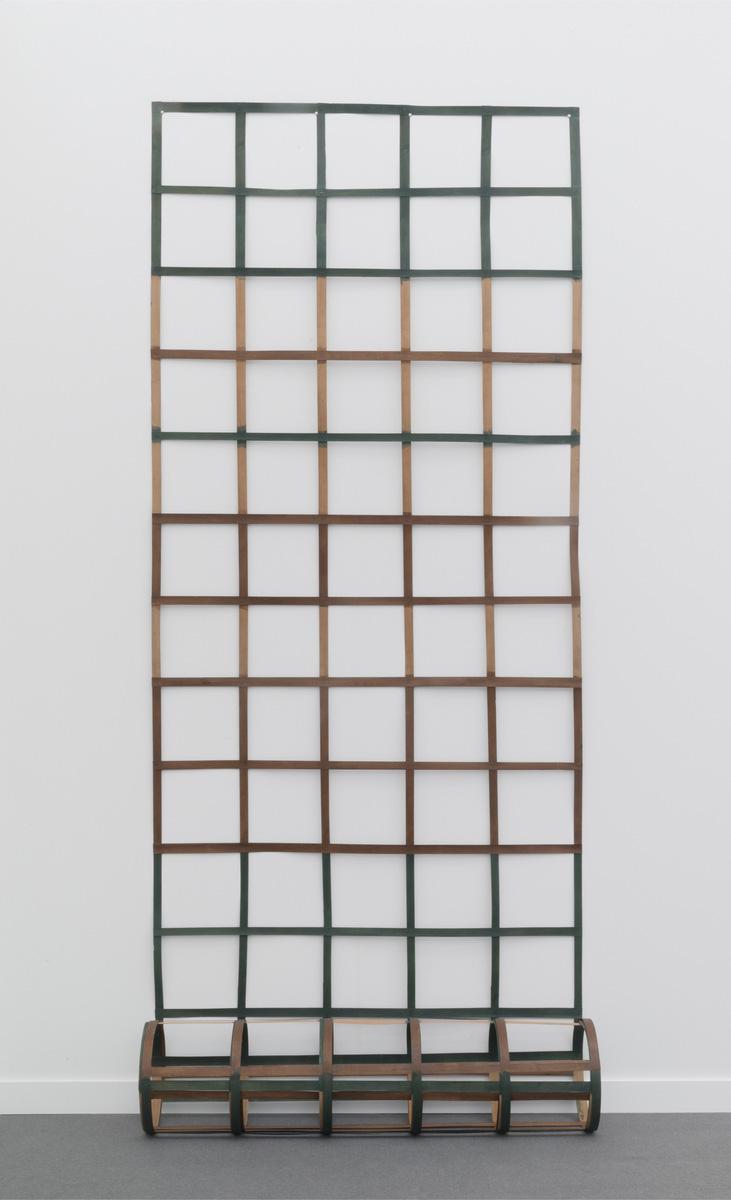 Daniel Dezeuze (b. 1942), Echelle (Ladder), 1975, flexible wood painted, 560 x 137 cm/220.47 x 53.94 in.Image courtesy of Ceysson & Bénéti
