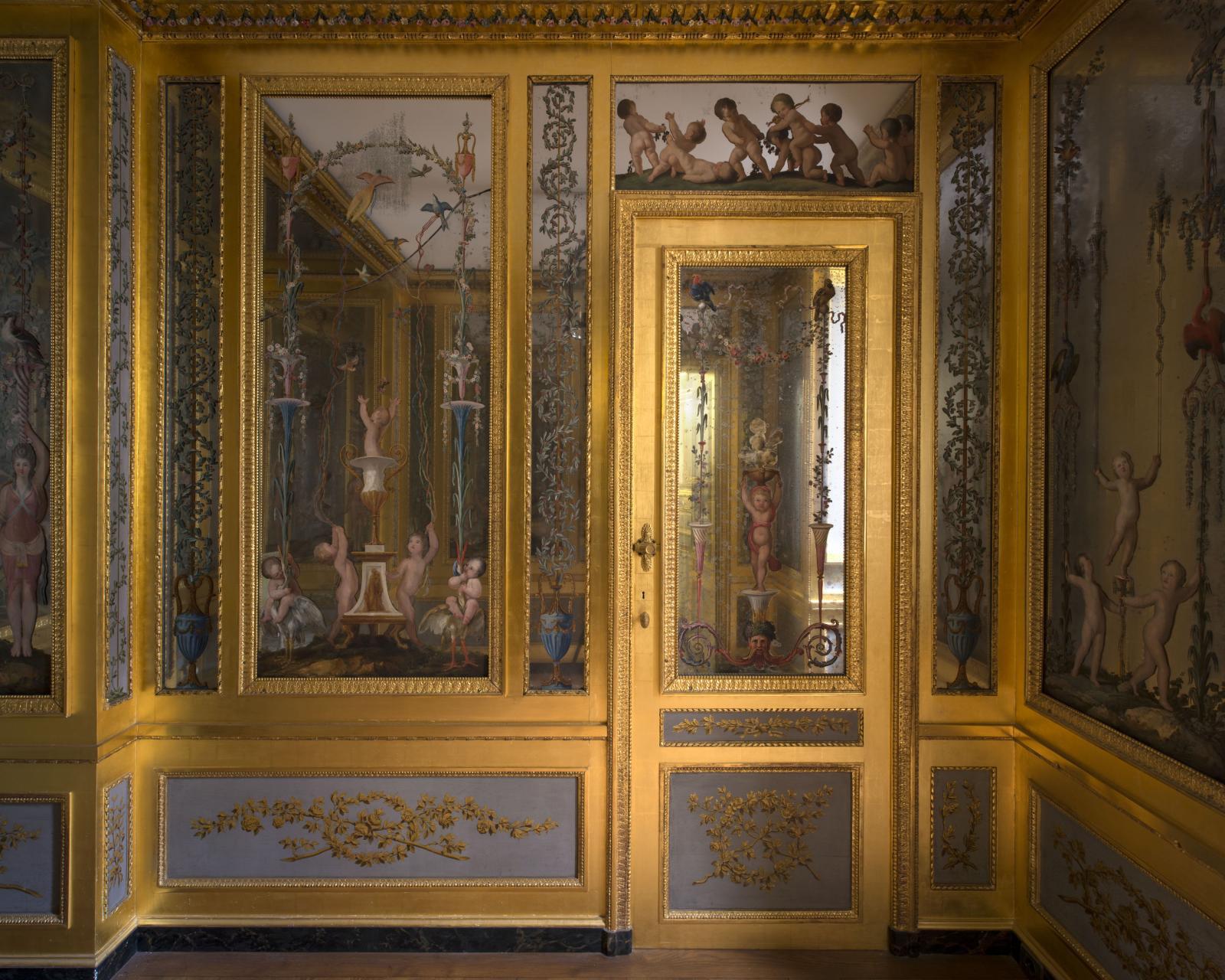 Cabinet des glaces, appartement de Marc-Antoine Thierry de Ville-d'Avray, Hôtel de la Marine.© Ambroise Tézenas CMN
