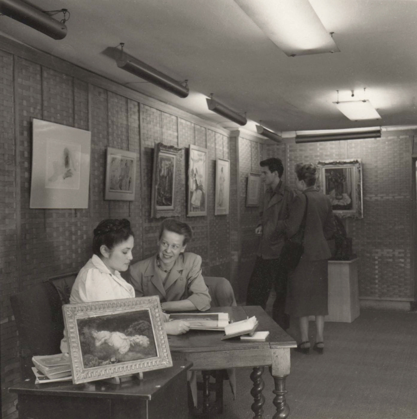 Dina Vierny at her desk in 1949ARR
