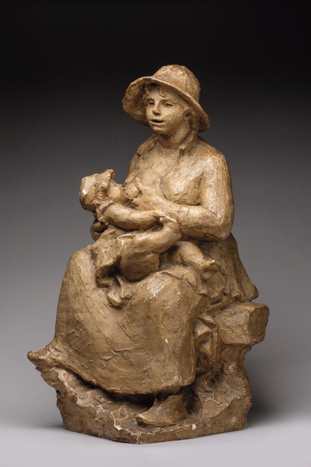 Pierre Auguste Renoir (1841-1919) et Richard Guino (1890 -1973), Maternité, modèle créé en 1916, plâtre de fonderie, patiné, h.54,5cm.