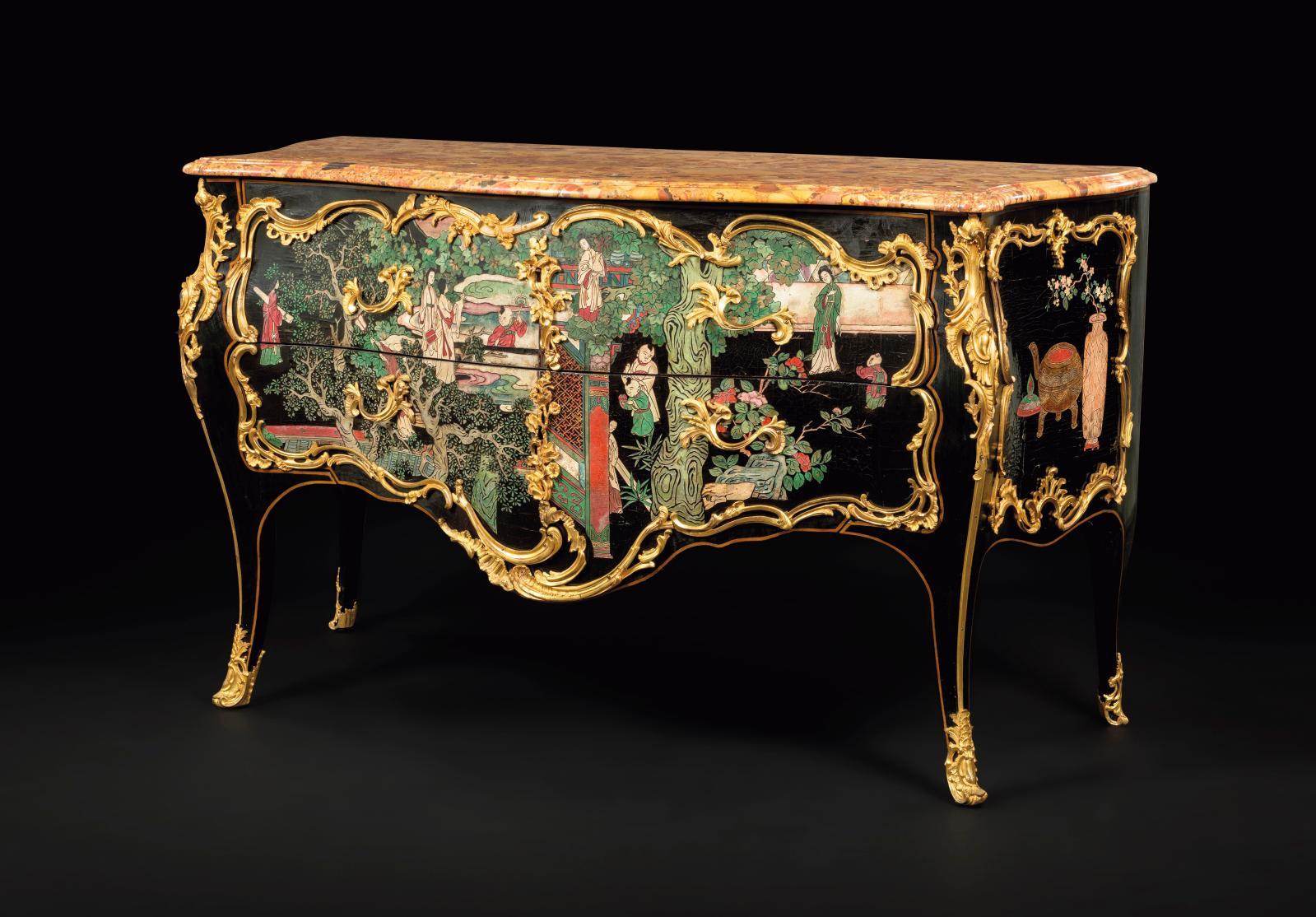 Coromandel lacquer commode with darkened wood frames, sinuous-formed façade, and sides and two drawers, decorated with palace scenes and u