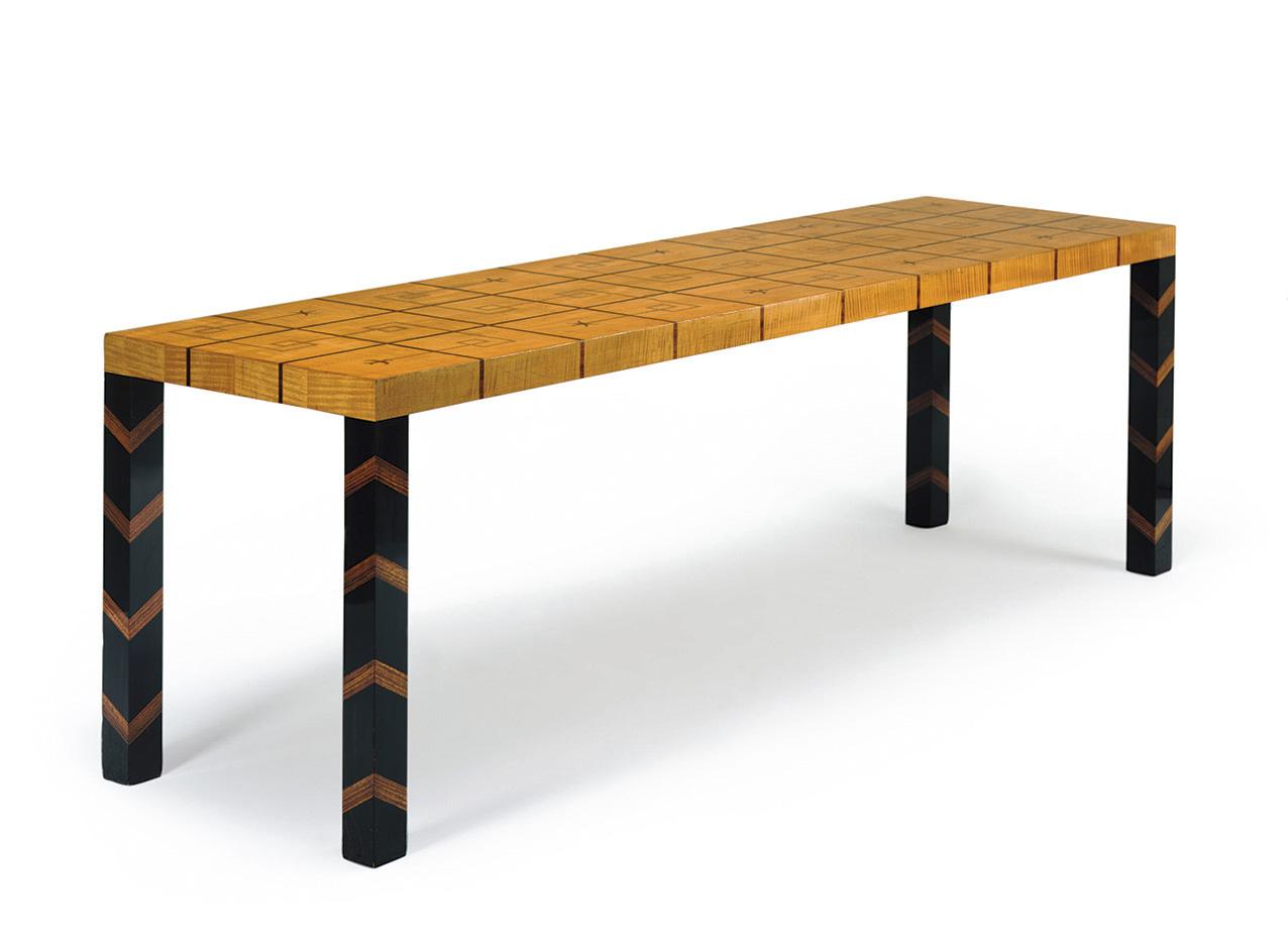 Axel Einar Hjorth, table en sycomore, ébène, zébrano, jacaranda et olivier, atelier Nordiska Kompaniet, pièce unique créée pour l'expositi