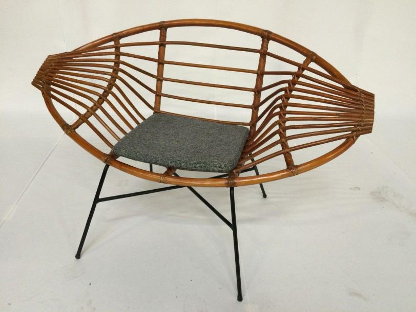 €2,340Janine Abraham (1929–2005) & Dirk Jan Rol (born 1929), rattan armchair, made by Rougier, c. 1957. Paris, Drouot, January 22, 2016. M