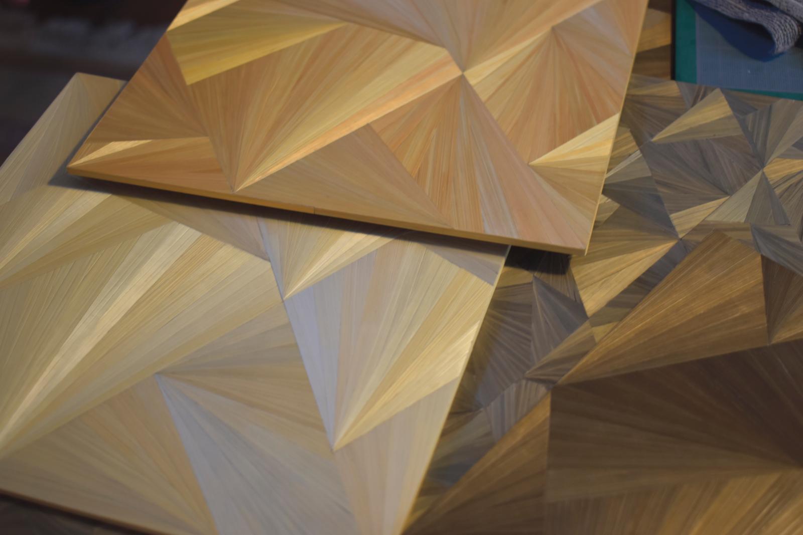 Motif «ice-ray », inspiré d'un décor de paravent japonais du XVIIIe siècle.©C.Averty