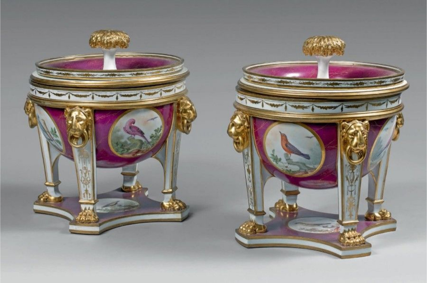€11,250Sèvres, pair of hard-paste porcelain lidded coolers standing on four feet, polychrome decoration of birds, c. 1785, h. 22.5 cm/8.9