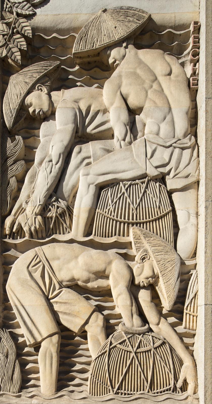 Bas-reliefs by Alfred Janniot, Palais de la Porte Dorée, 1931 (detail).
