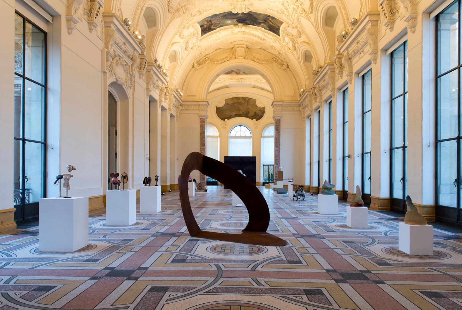 Felice Varini (b. 1952), «Ellipse Sans Titre», 2018, Semiose. FIAC 2018, Petit Palais.