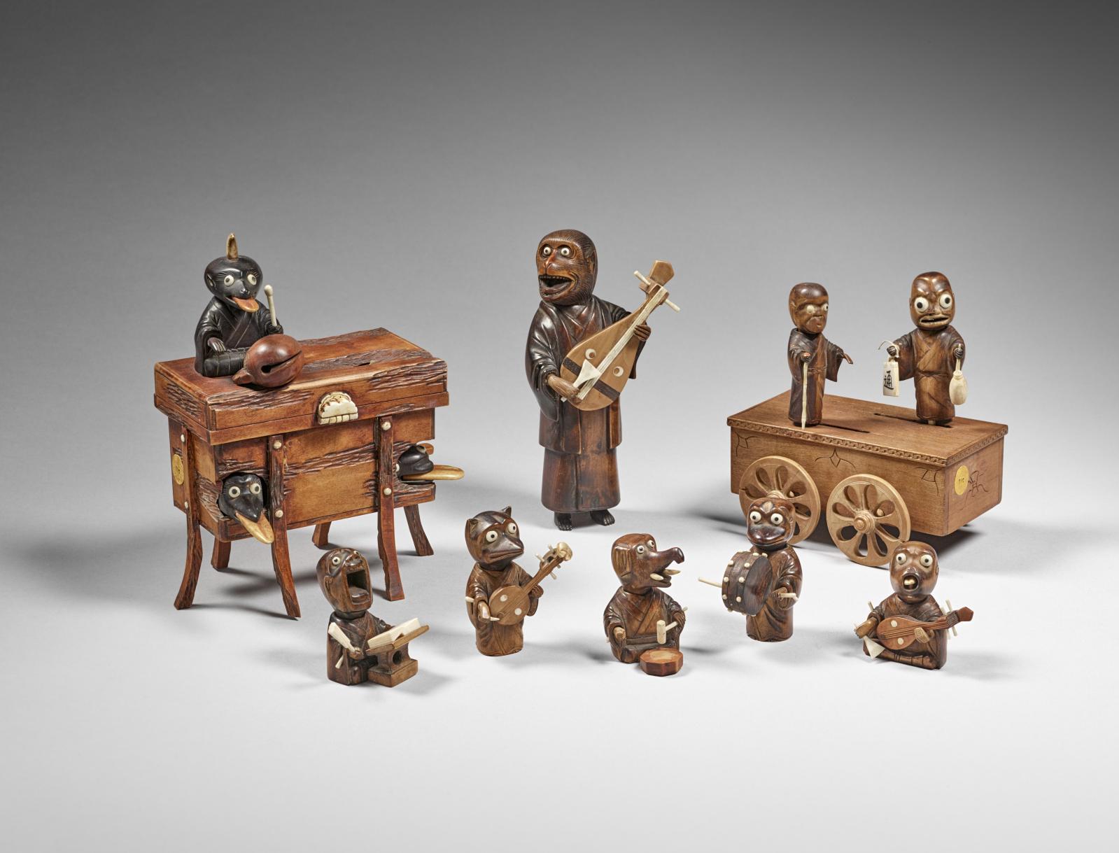 L'orchestre de monstres, en bois et corne, datant de la seconde moitié du XIXe siècle, est sorti du musée d'Ennery pour être montré à l'exposition du